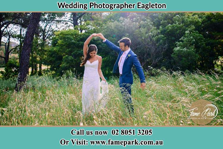 Photo of the Bride and the Groom dancing Eagleton NSW 2324
